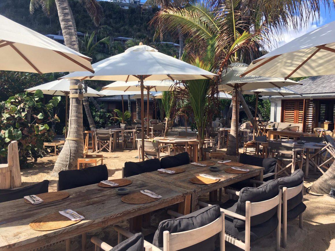 Dîner sur le sable à l'hôtel Manapany