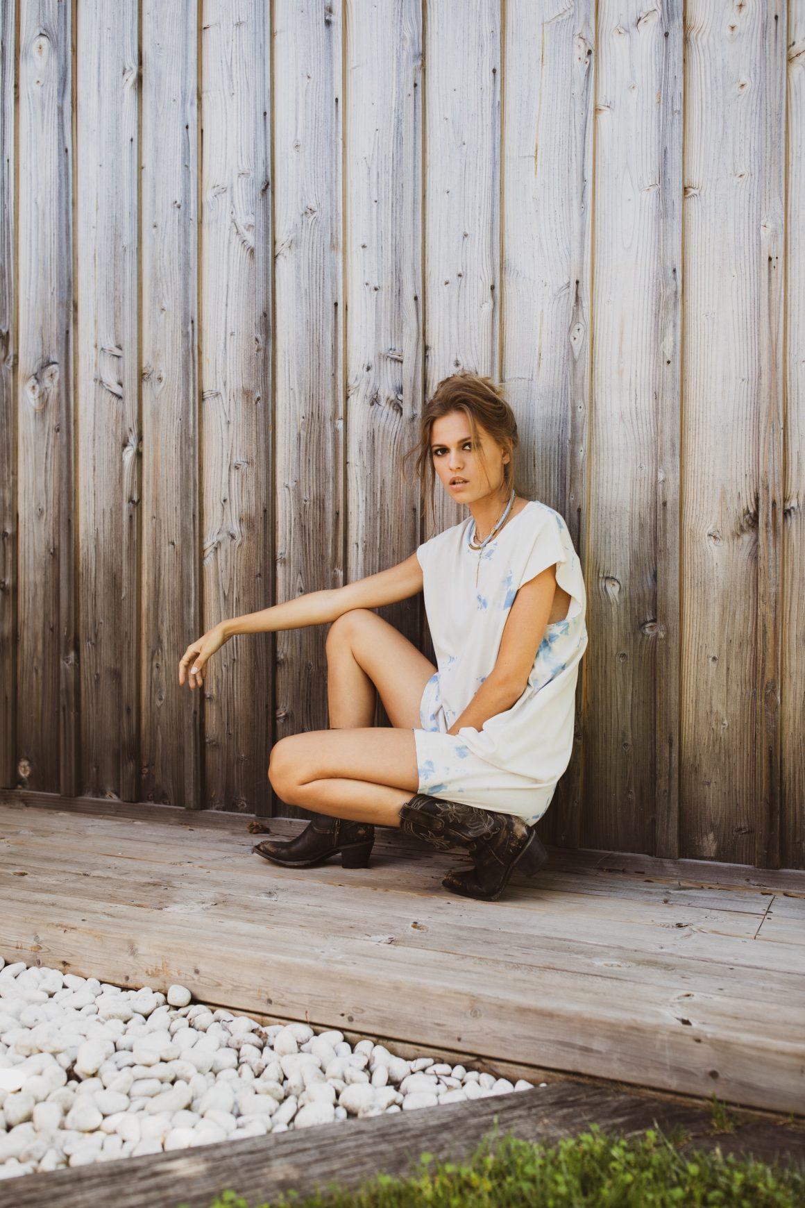 Robe Raquel Allegra et boots Mexicana