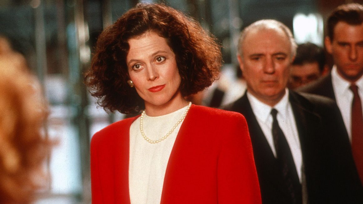 L'actrice Sigourney Weaver dans le film Working Girl