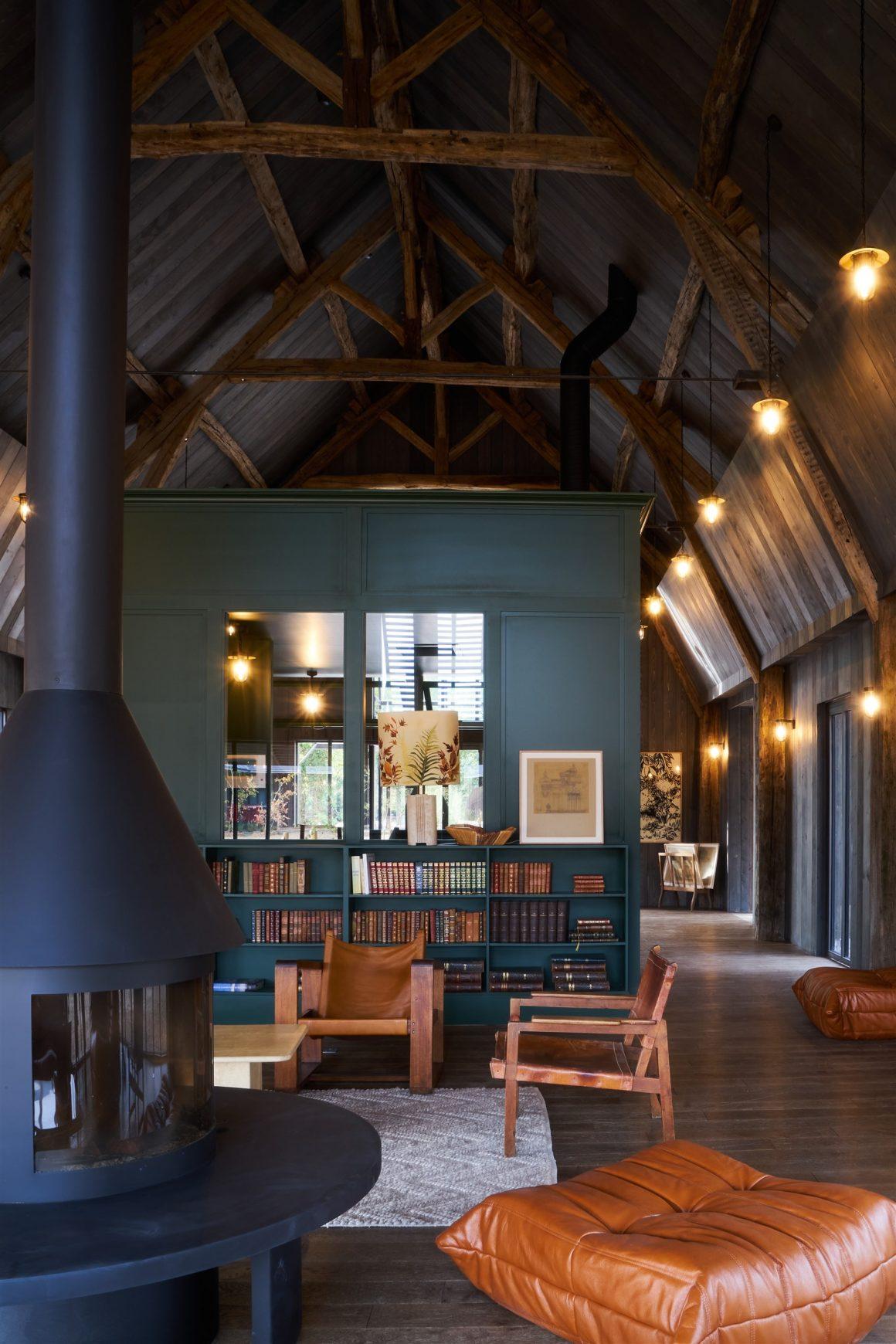 Un salon au design contemporain des Sources de Cheverny