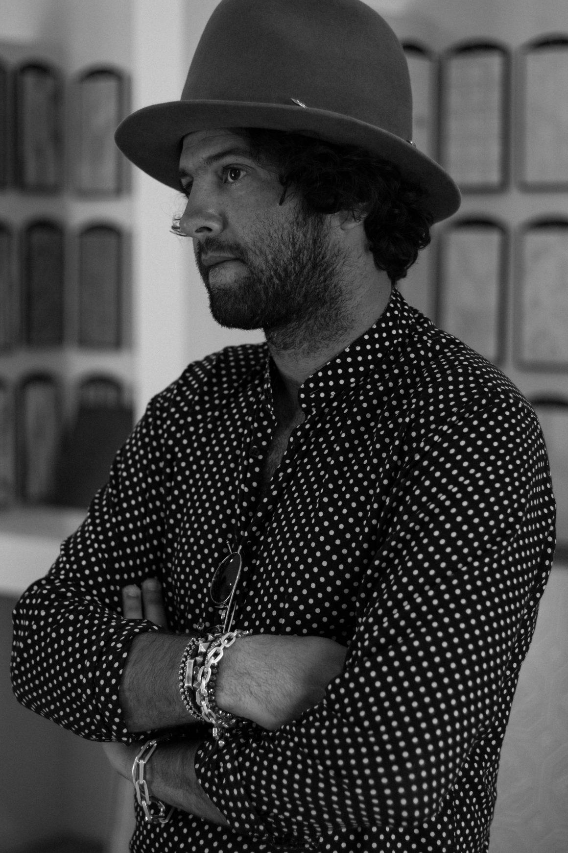 Leçon de style et d'élégance avec Maor Cohen