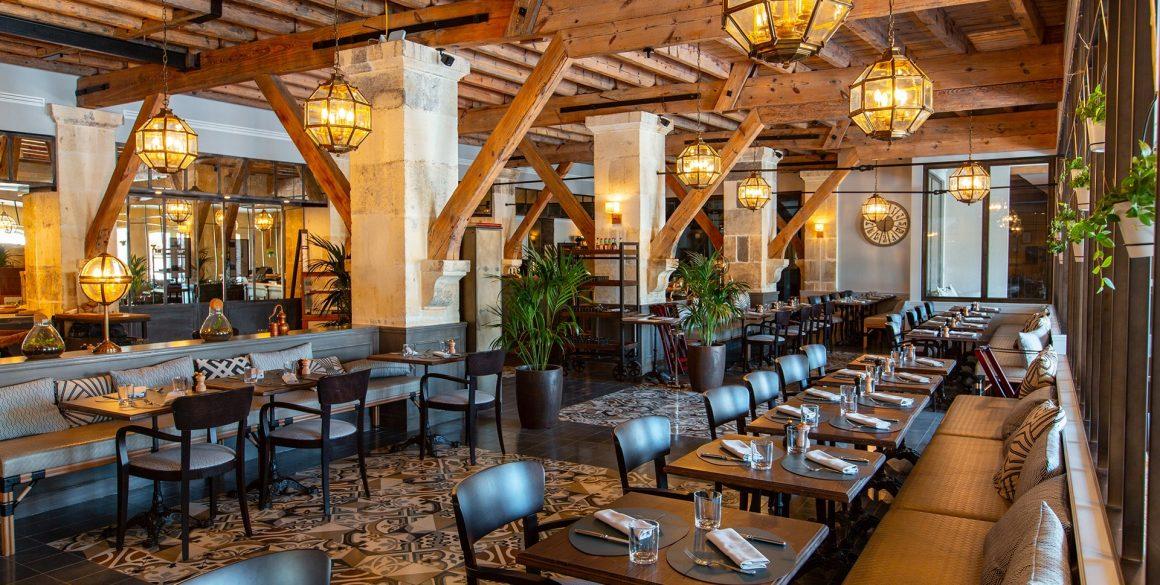 Le bar restaurant de l'hôtel Chais Monnet