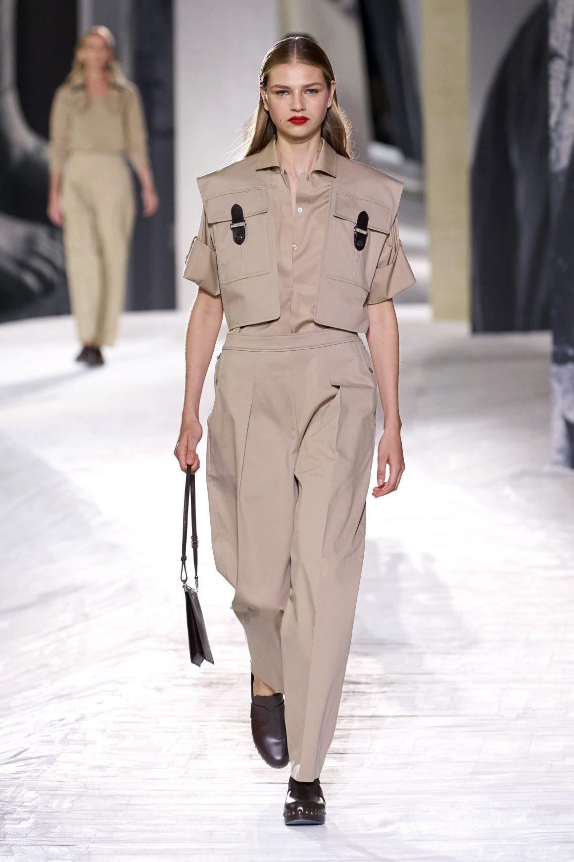 Un look du vestiaire workwear 2021 Hermès
