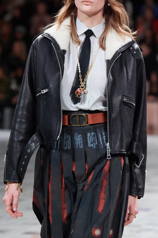 Un perfecto en cuir de la Collection Hiver 2020 Dior