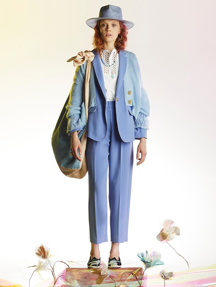 Look bleu de la collection printemps-été 2021 de Forte_Forte