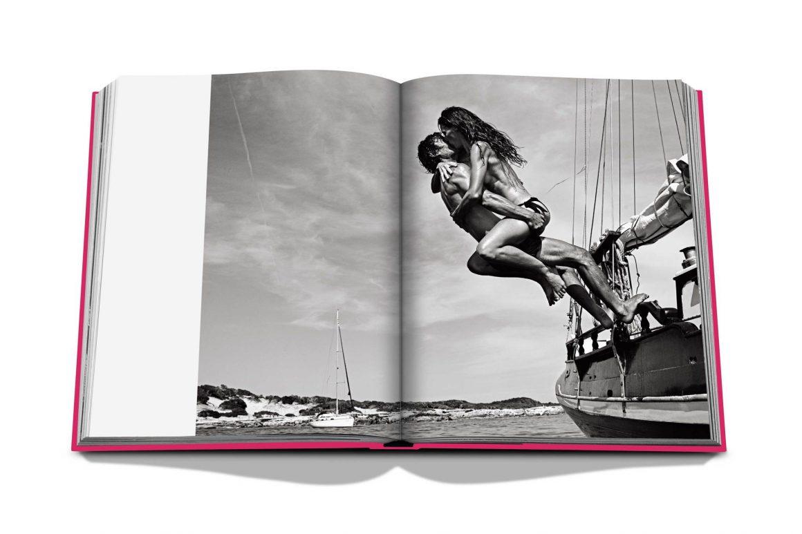 Le livre « Ibiza Bohemia » d'Assouline pour une parenthèse hippie-chic