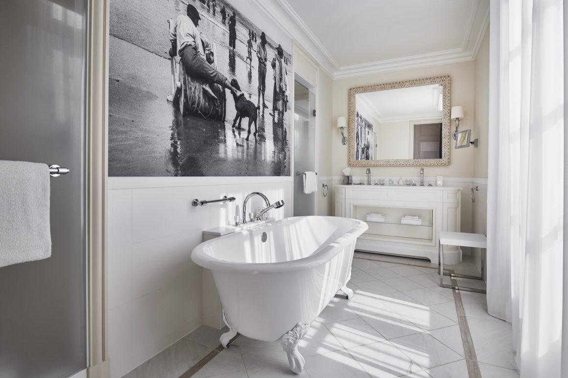 La chambre 104 de l'hôtel du Palais à Biarritz