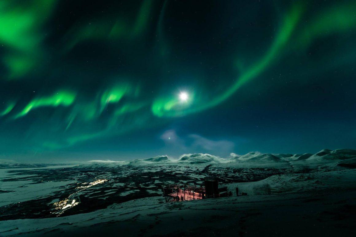L'Aurora Sky Station, spot ultime pour admirer les aurores boréales
