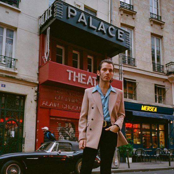 Adrien Albou, un créateur à l'âme hippie rock