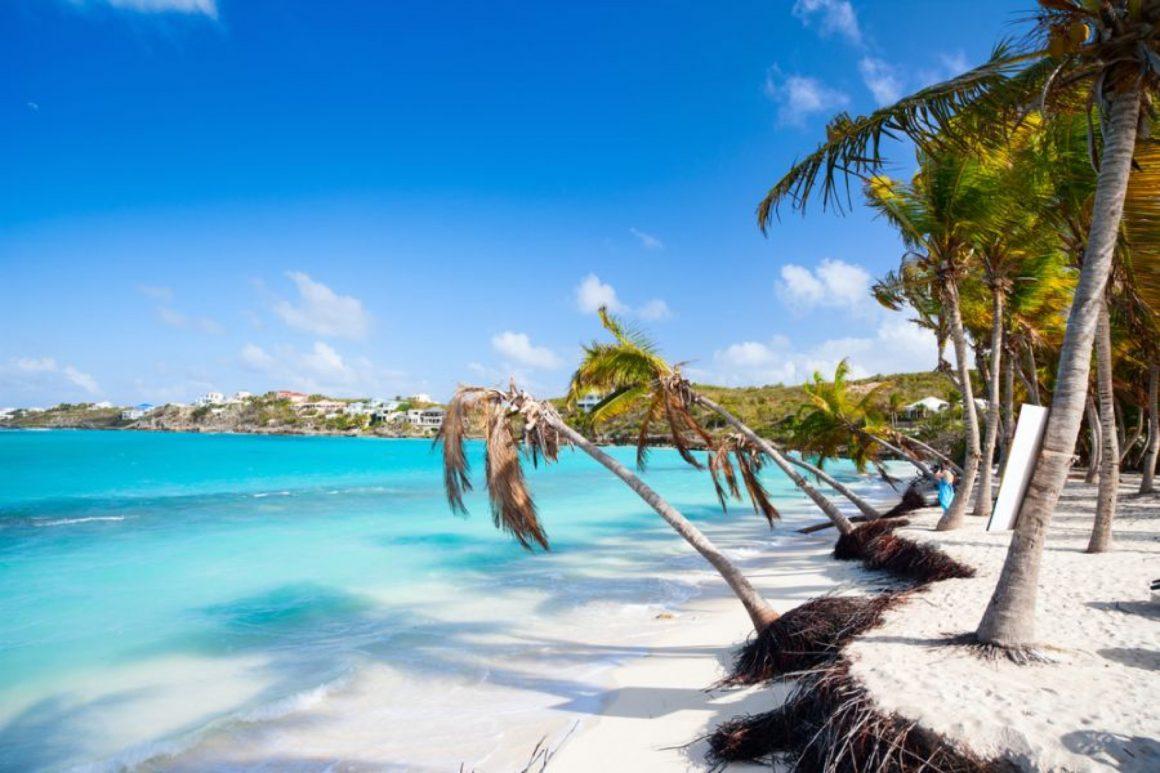 Plage paradisiaque à Anguilla Island