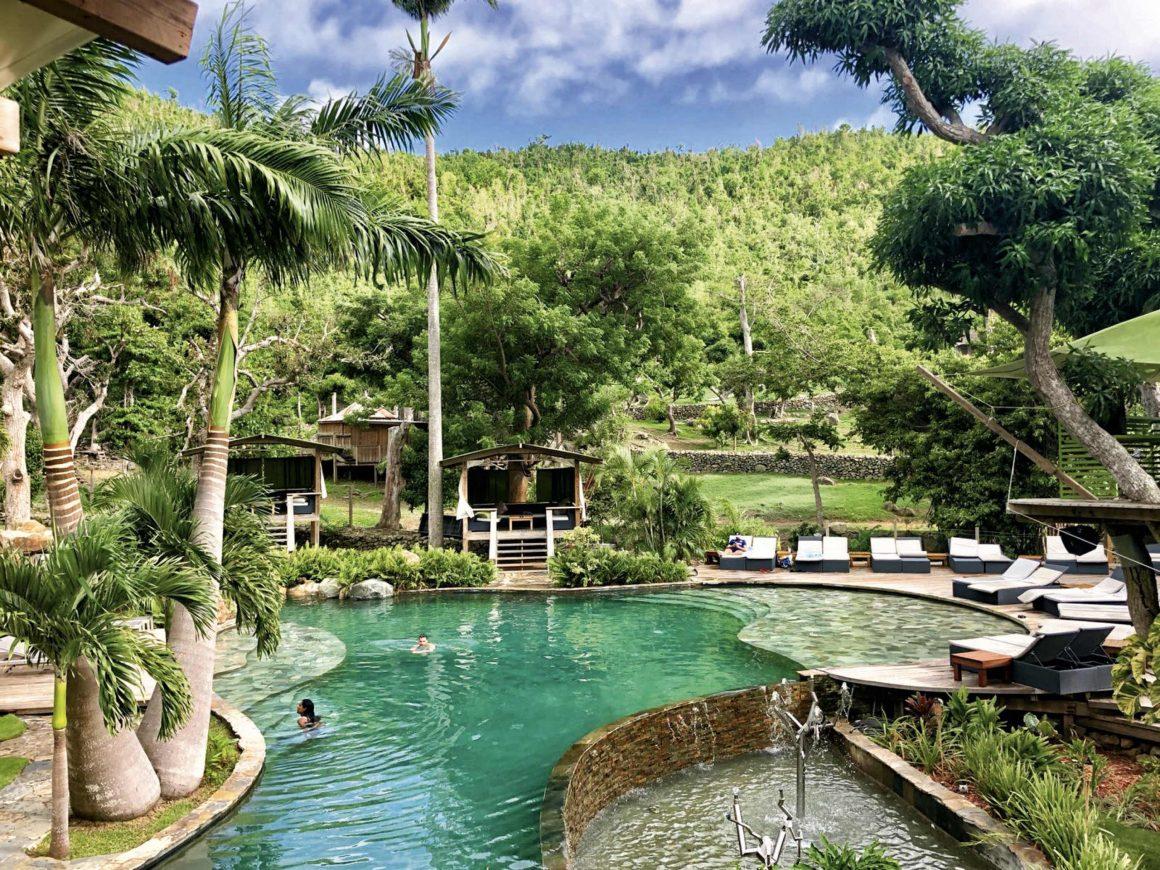 Une piscine à la Loterie Farm à Saint Martin