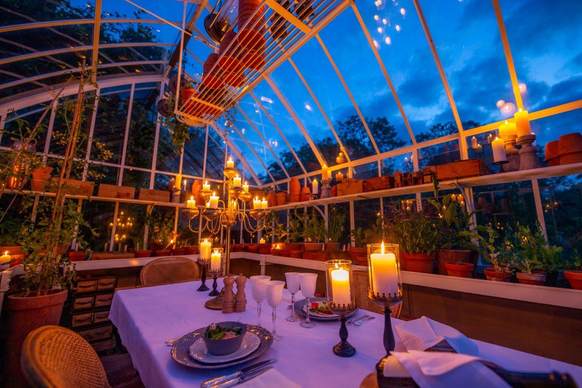 Restaurant et sa verrière au Domaine d'Ablon
